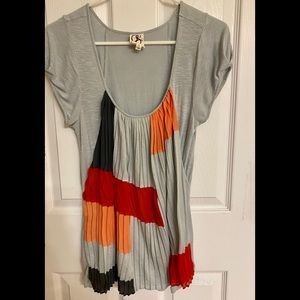 One September by Anthropologie Gray Scoop Neck Top